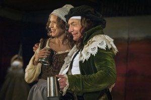 Bodil Carr Granlid och Magnus Wetterholm Efter mitt eget huvud Stadra Teater 2014 foto Dragan Popovic