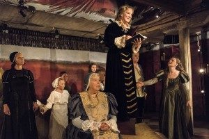 Kajsa Linderholm som Agneta Horn, Efter mitt eget huvud, Stadra Teater, foto Dragan Popovic