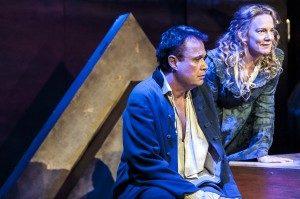 Rune Jakobsson och Kajsa Linderholm, Efter mitt eget huvud, Stadra Teater 2014, foto Dragan Popovic